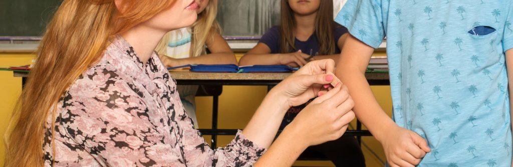 על תאונות תלמידים – רשלנות, ביטוחים ומה שביניהם